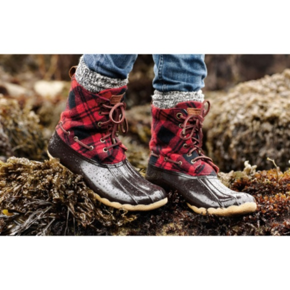 c6a9e5313 Red plaid sperry duck boots. M_5aa731019cc7ef03ed2ea063
